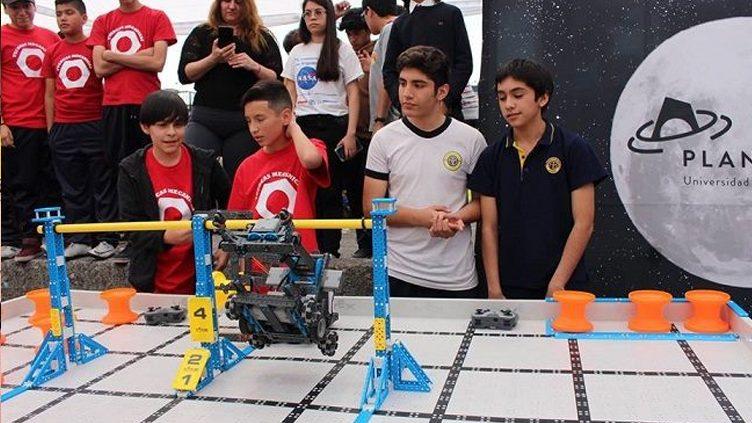 Grupo de robótica de American British School destaca en VEX Robotics 2018