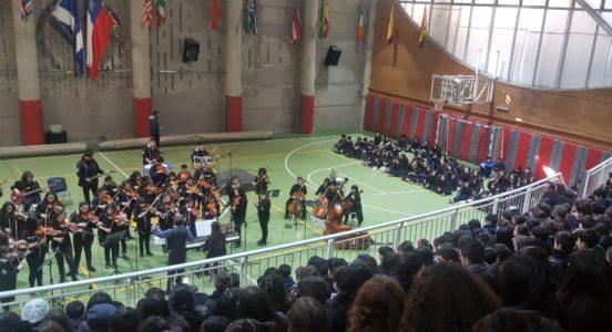 Orquesta Estudiantil de Peñalolén deleitó a nuestros alumnos