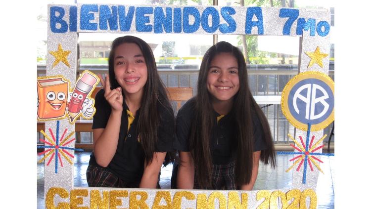 BIENVENIDA 7MOS AMERICAN BRITISH 08