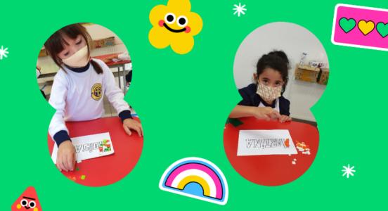 Alumnos y alumnas de Playgroup decoran sus nombres